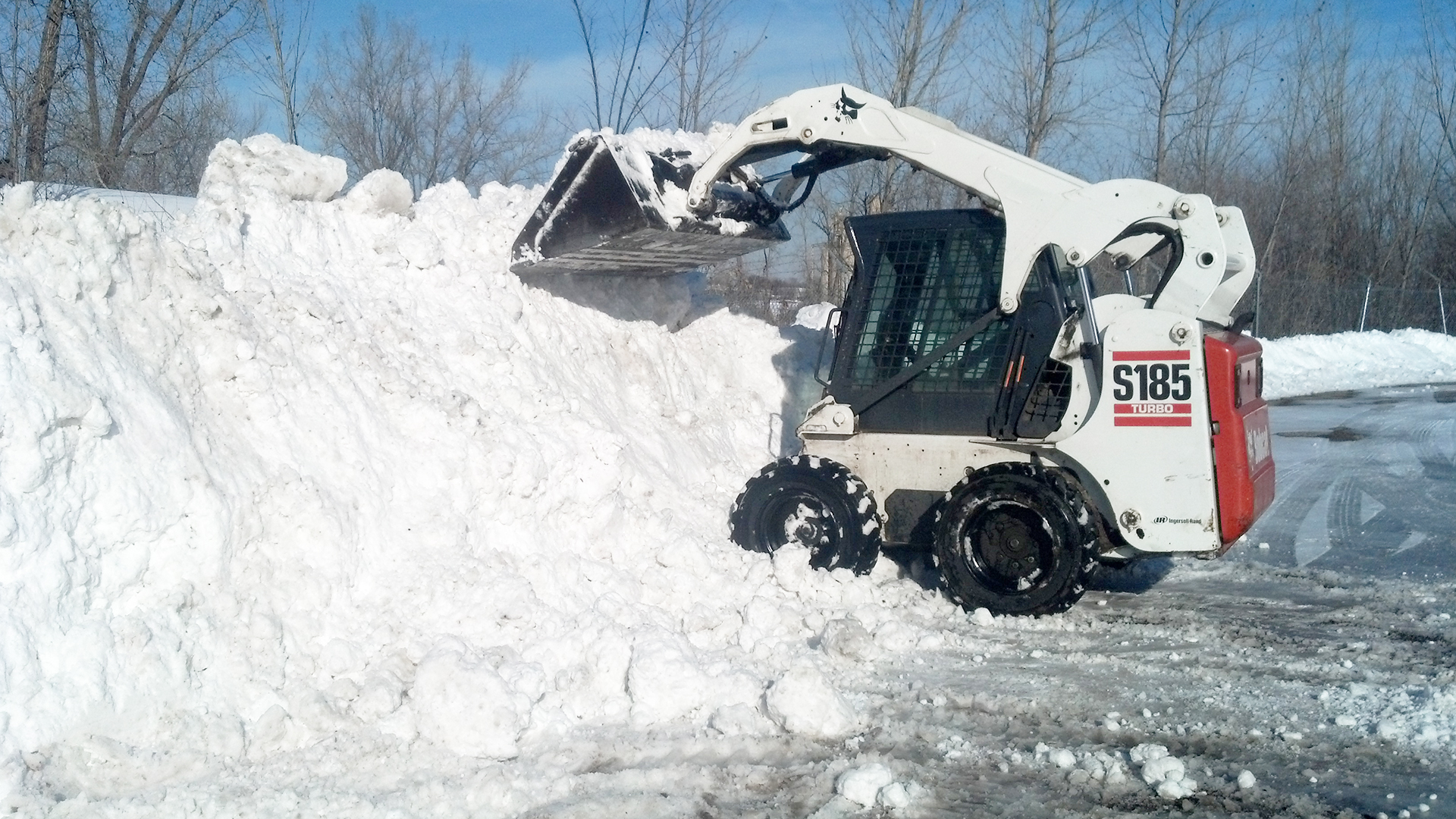 Lawn & Snow Landscape Complete LLC Commercial Snow Plowing & Salt Sanding, Fall Cleanup and Propety & Commercial Cleanup  slide 2