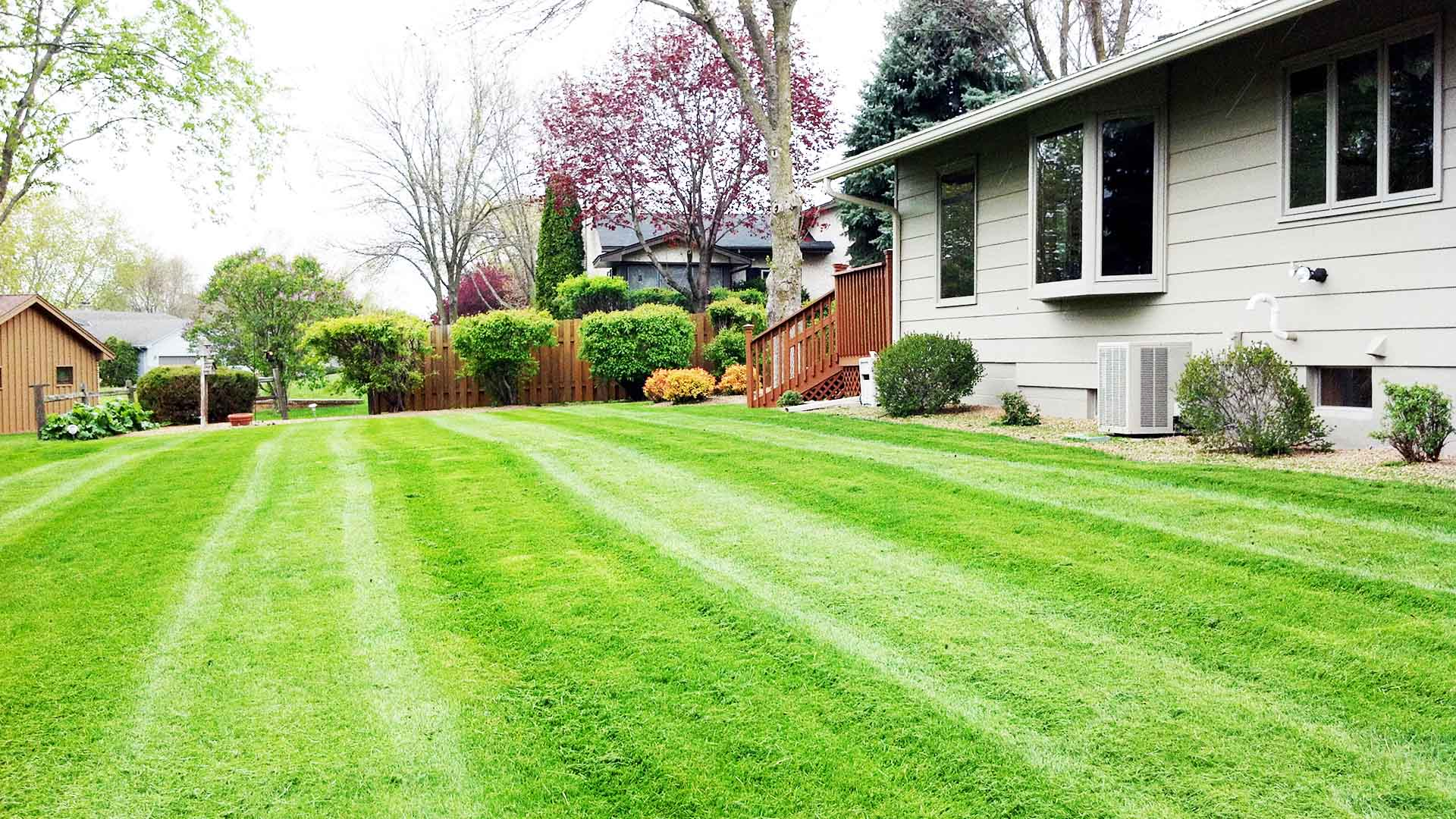 Lawn & Snow Landscape Complete LLC Lawn Care Services, Landscaping Services and Landscaper slide 3